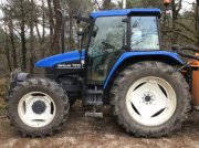 Traktor du type New Holland TS100, Gebrauchtmaschine en Revel