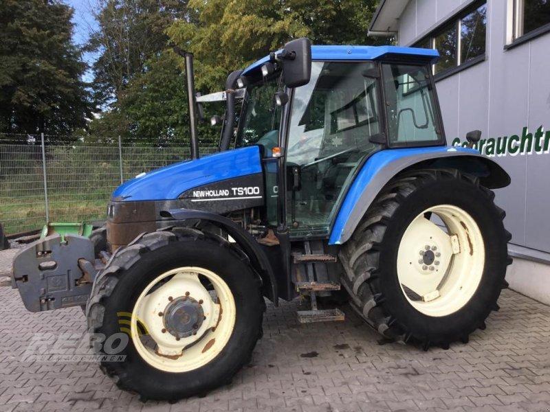 Traktor des Typs New Holland TS100, Gebrauchtmaschine in Neuenkirchen-Vörden (Bild 1)