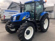 New Holland TS110A PLUS Traktor