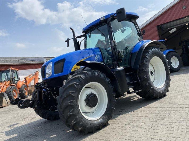 Traktor typu New Holland TS125A KUN 4700 TIMER! NY SERVICERET!, Gebrauchtmaschine w Aalestrup (Zdjęcie 1)