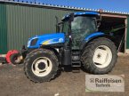 Traktor des Typs New Holland TSA 135 in Husum