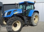 Traktor des Typs New Holland TVT 155 in Borken
