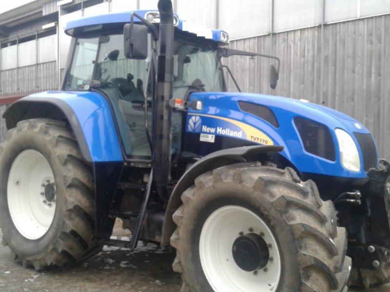 Traktor des Typs New Holland TVT 170, Gebrauchtmaschine in Münchberg (Bild 2)