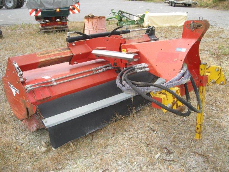 Traktor типа Rabaud Superchampion 2100 A, Gebrauchtmaschine в BRECE (Фотография 1)