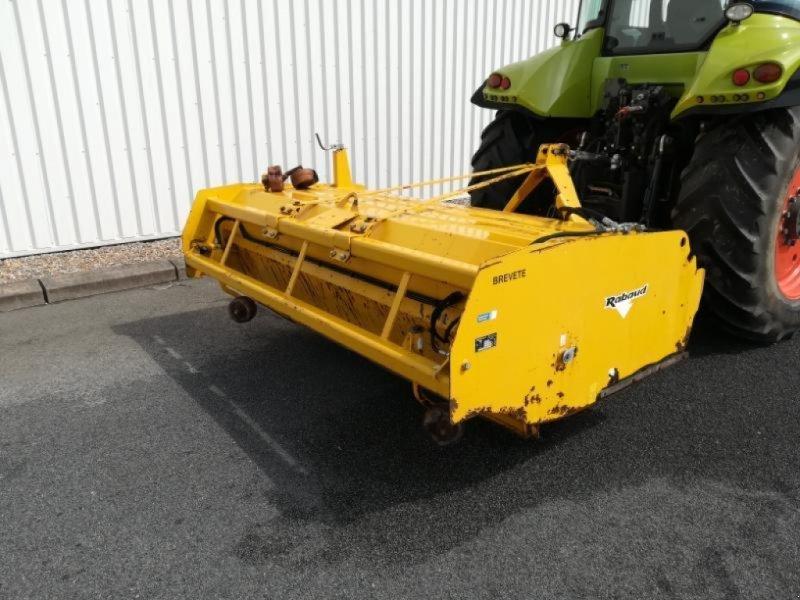 Traktor des Typs Rabaud TURBONET 2300 A, Gebrauchtmaschine in MONTIGNAC (Bild 1)