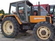 Traktor des Typs Renault 103-54  A, Gebrauchtmaschine in Bremen