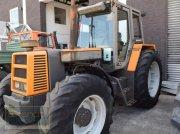 Traktor des Typs Renault 120-54 TX A, Gebrauchtmaschine in Bremen