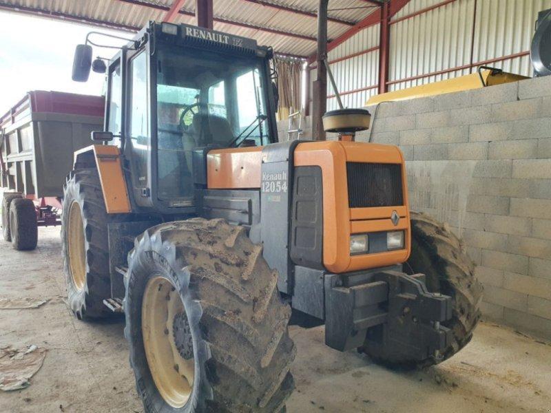 Traktor a típus Renault 120-54, Gebrauchtmaschine ekkor: CHAUMONT (Kép 1)