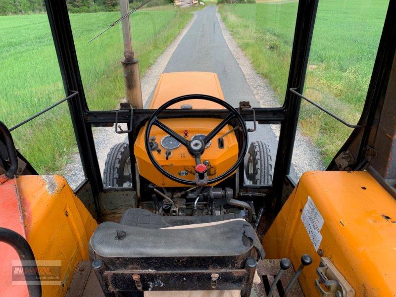 Traktor des Typs Renault 421 M, Gebrauchtmaschine in Lichtenfels (Bild 5)