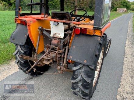 Traktor des Typs Renault 421 M, Gebrauchtmaschine in Lichtenfels (Bild 6)