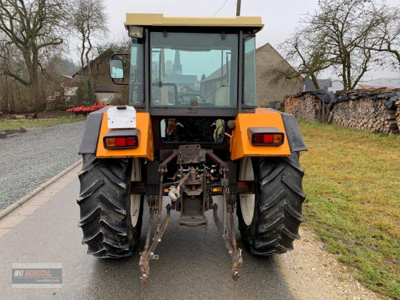 Traktor des Typs Renault 651.4 S, Gebrauchtmaschine in Lichtenfels (Bild 5)