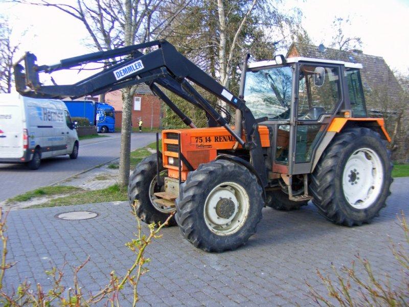 Traktor des Typs Renault 75.14 Frontlader+Wendeschaltung, Gebrauchtmaschine in Kutenholz (Bild 1)