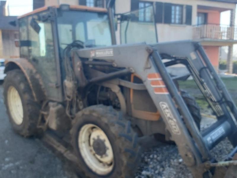 Traktor типа Renault CELTIS 426, Gebrauchtmaschine в VESOUL (Фотография 1)