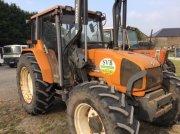 Traktor типа Renault CERES 330 X, Gebrauchtmaschine в LE TRONQUAY