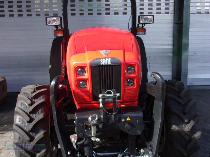 Traktor des Typs Same Frutteto 70 Natural mit Frontkraftheber Schmalspur -, Neumaschine in Buchdorf (Bild 3)