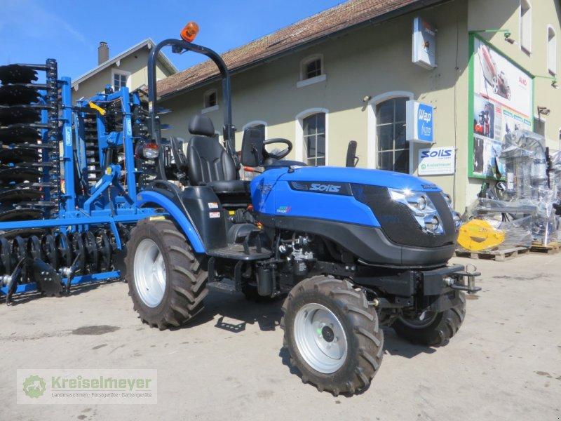 Traktor des Typs Solis 26 HST + Radialbereifung + Zugmaul NEU, Neumaschine in Feuchtwangen (Bild 1)