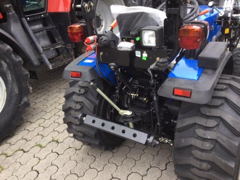 Traktor des Typs Solis 26, Neumaschine in Ampfing (Bild 5)