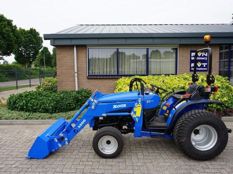 Traktor des Typs Solis 26, Gebrauchtmaschine in Dronten (Bild 1)