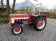 Sonstige International 323 Tractor