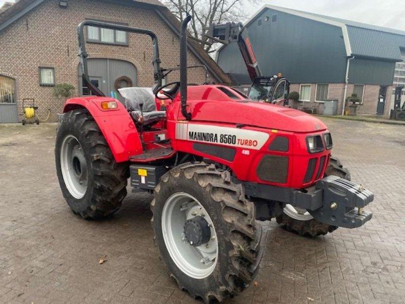Traktor typu Sonstige MAHINDRA 8560 turbo, Gebrauchtmaschine v Lunteren (Obrázok 1)