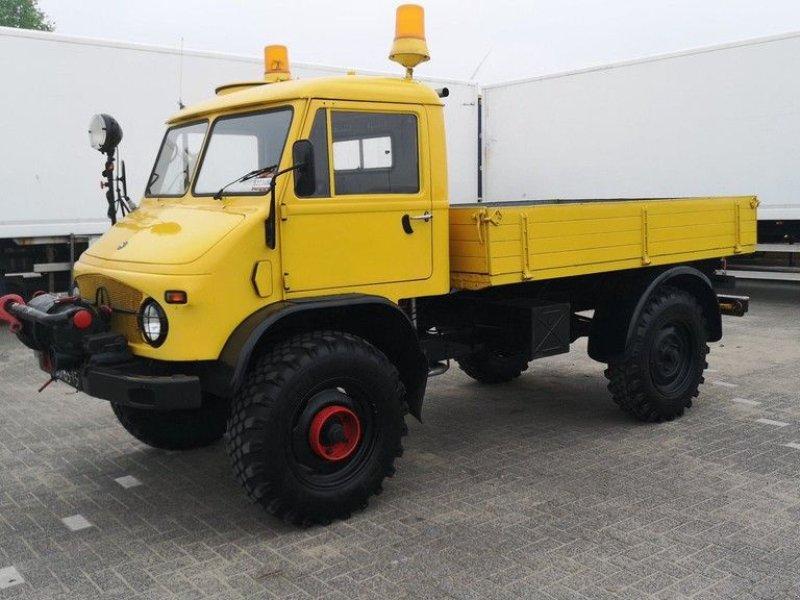 Traktor типа Sonstige Mercedes Benz Unimog 404, Gebrauchtmaschine в Leende (Фотография 1)