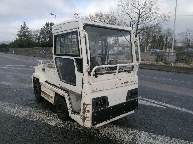 Traktor des Typs Sonstige T135, Gebrauchtmaschine in senlis (Bild 1)