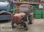 Traktor des Typs Steyr 188 in Grafenstein