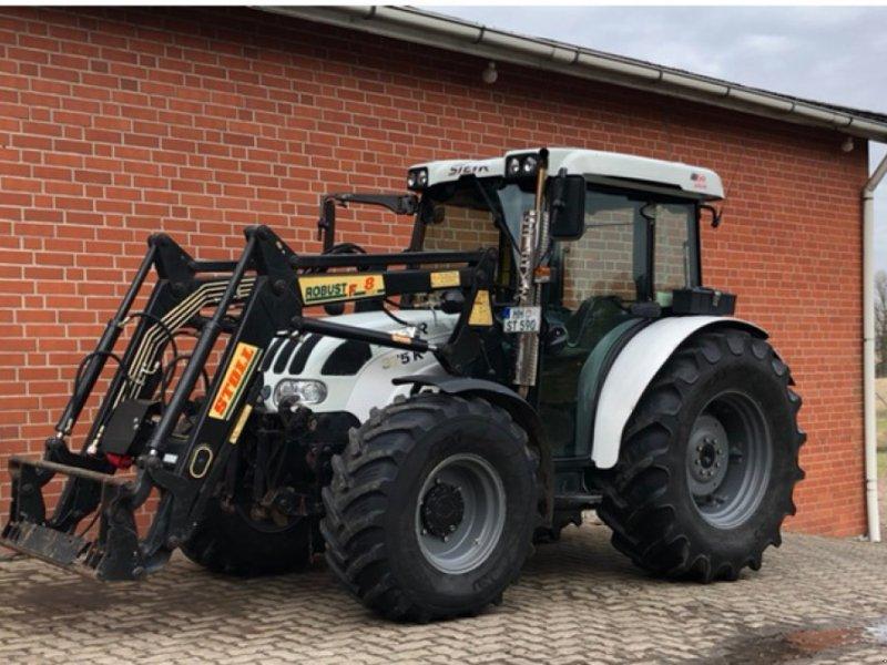 Traktor des Typs Steyr 375 Kompakt, Gebrauchtmaschine in Hamburg (Bild 1)