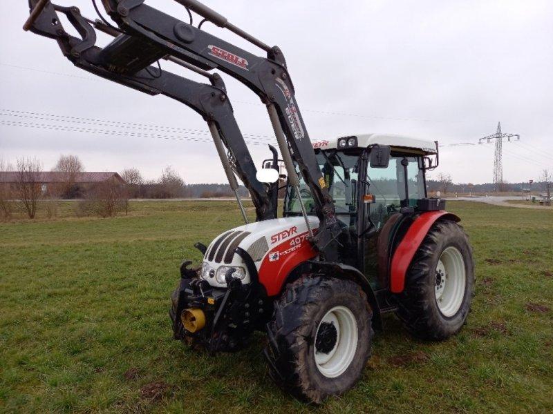 Traktor des Typs Steyr 4075 Kompakt, Gebrauchtmaschine in Griesstätt (Bild 1)
