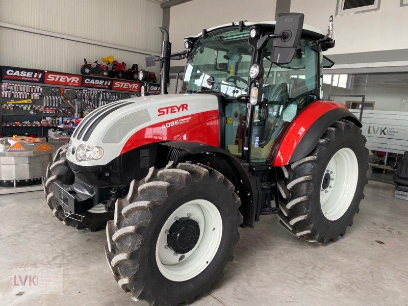 Traktor типа Steyr 4095 Kompakt, Neumaschine в Weißenburg (Фотография 1)