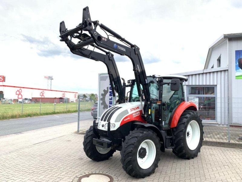 Traktor des Typs Steyr 4095 Kompakt, Gebrauchtmaschine in Stuhr (Bild 1)