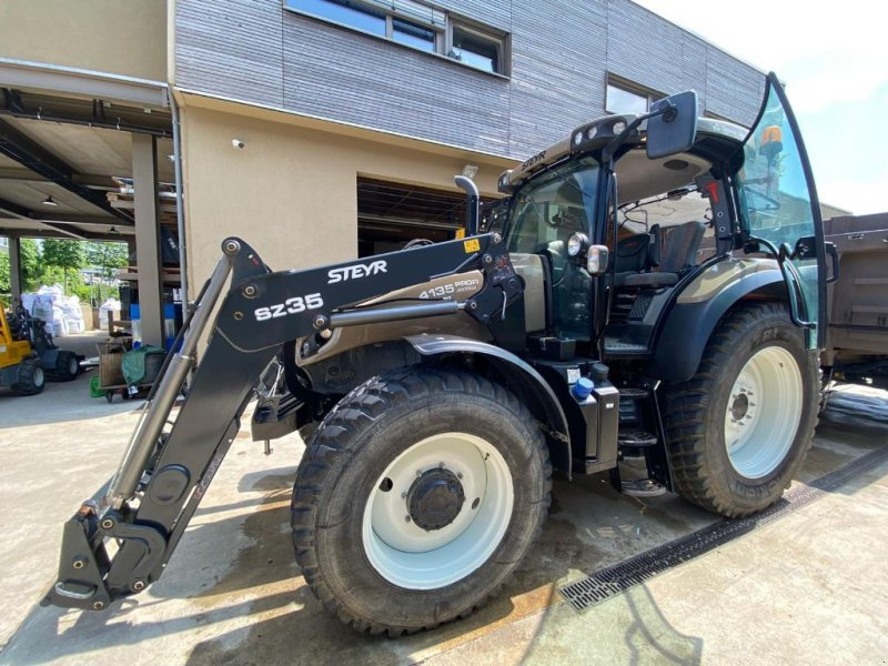 Traktor типа Steyr 4135 Profi Classic, Gebrauchtmaschine в Allerborn (Фотография 1)