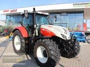 Traktor des Typs Steyr 4135 Profi, Vorführmaschine in Aurolzmünster