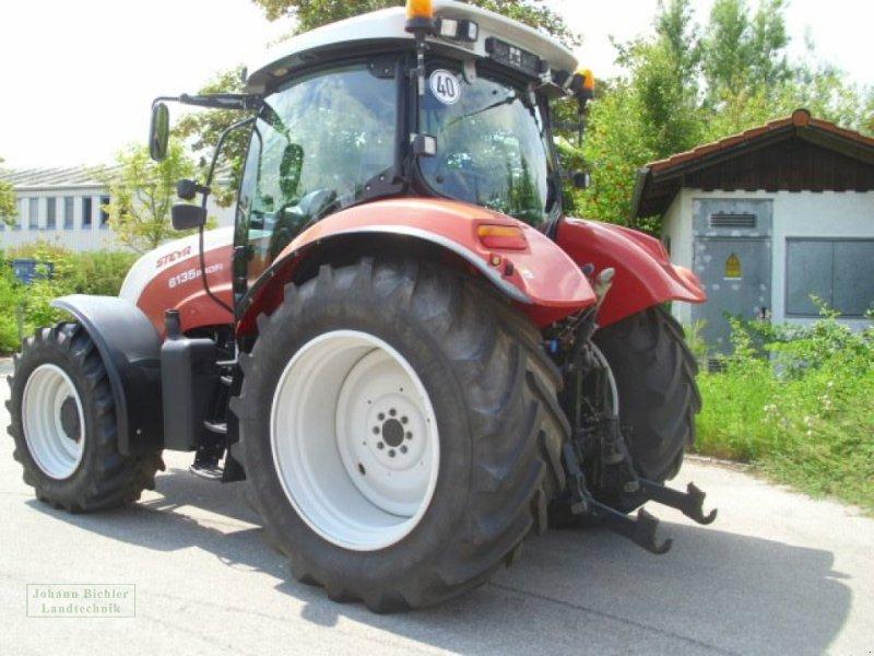 Traktor des Typs Steyr 6135 Profi, Gebrauchtmaschine in Unterneukirchen (Bild 4)