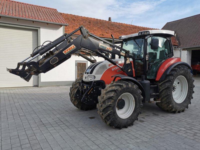 Traktor des Typs Steyr 6135 Profi, Gebrauchtmaschine in Osterhofen  (Bild 1)
