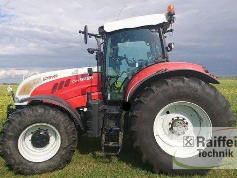 Traktor des Typs Steyr 6225 CVT, Gebrauchtmaschine in Husum (Bild 1)