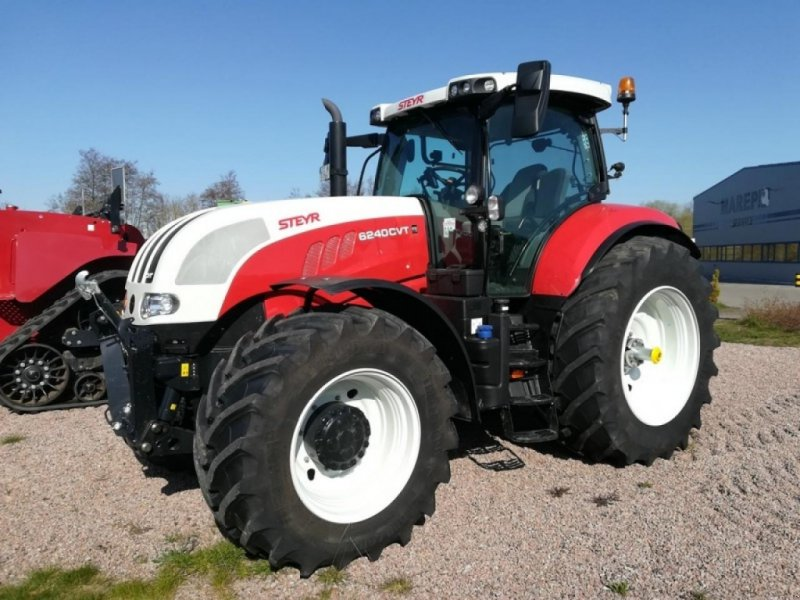 Traktor des Typs Steyr 6240 CVT, Neumaschine in Neubukow (Bild 1)