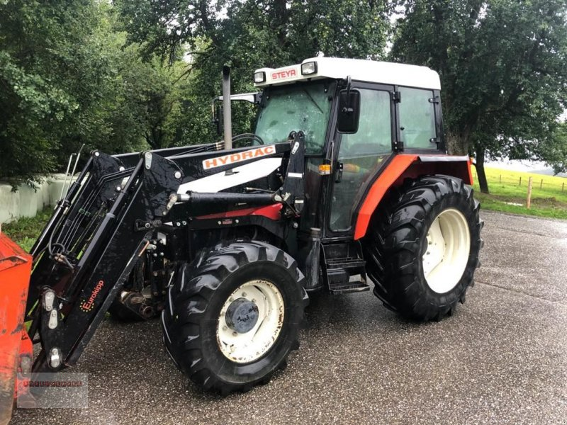 Traktor des Typs Steyr 975 M A Basis, Gebrauchtmaschine in Tarsdorf (Bild 1)
