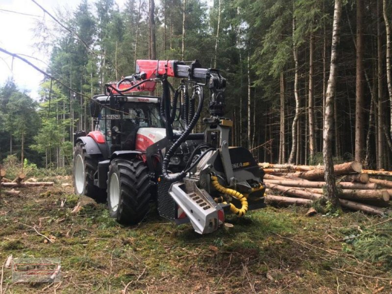 Traktor des Typs Steyr CVT 6240 ET Kneidinger Forstaufbau, Gebrauchtmaschine in Huglfing (Bild 1)