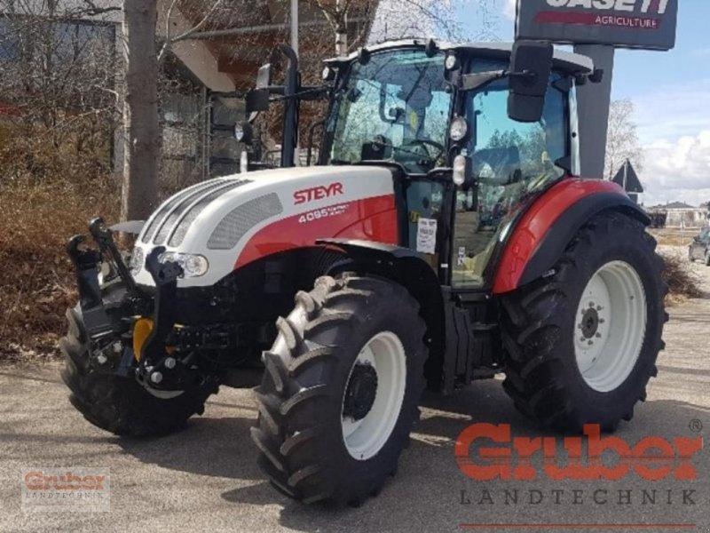 Traktor des Typs Steyr Kompakt 4095 HiLo, Neumaschine in Ampfing (Bild 1)