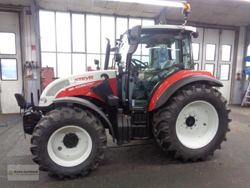 Traktor типа Steyr Kompakt 4095, Neumaschine в Saarburg (Фотография 1)