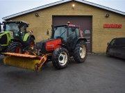 Traktor des Typs Valmet 6400 med kost, Gebrauchtmaschine in Grindsted