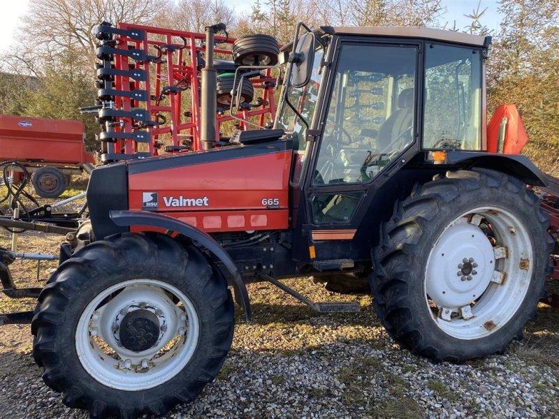 Traktor типа Valmet 665 Lavt timetal, Gebrauchtmaschine в Mern (Фотография 1)