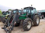 Traktor typu Valtra 6350, Gebrauchtmaschine w CALMONT