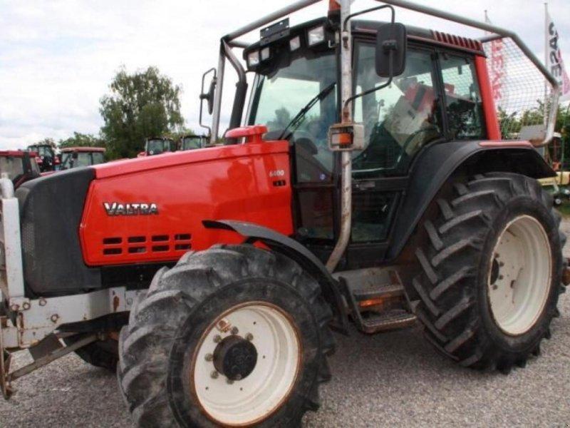 Traktor des Typs Valtra 6400 FORSTSCHLEPPER, Gebrauchtmaschine in GOTTENHEIM (Bild 1)