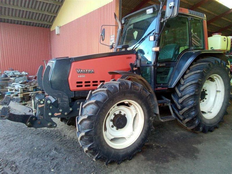 Traktor типа Valtra 6800, Gebrauchtmaschine в Varde (Фотография 1)
