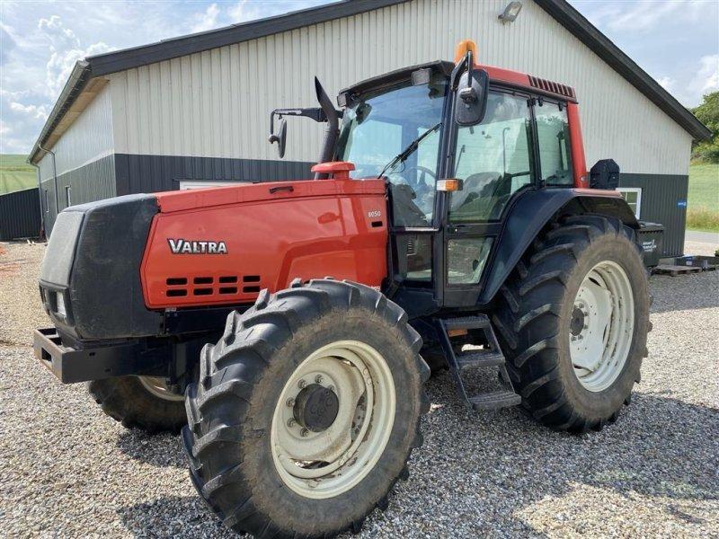 Traktor типа Valtra 8050 HiTech Vendegear ved rat, Gebrauchtmaschine в Vejle (Фотография 1)