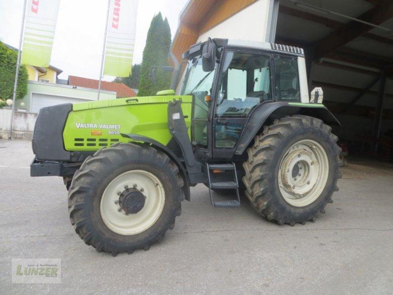 Traktor des Typs Valtra 8050 HiTech, Gebrauchtmaschine in Kaumberg (Bild 1)