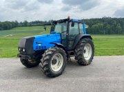 Traktor типа Valtra 8055, Gebrauchtmaschine в Courtedoux