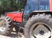Traktor типа Valtra 8100, Gebrauchtmaschine в LES TOUCHES